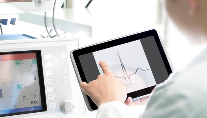 Införande av digitalt stöd inom vården måste följas upp